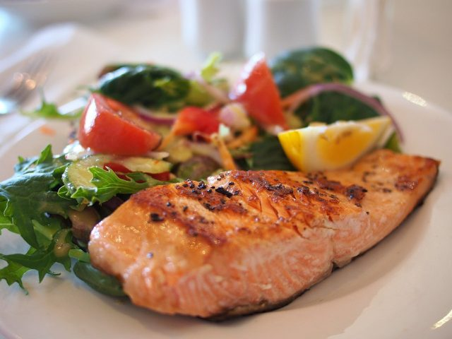 Gesunde Ernährung wichtig für den Cholesterinspiegel